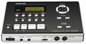 Tascam CD-BT2 CD Bas guitar trainer med effekter